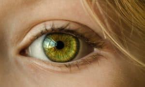 Strahlendes Auge